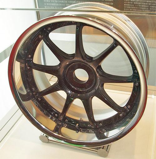 Carbon fiber and aluminum wheel