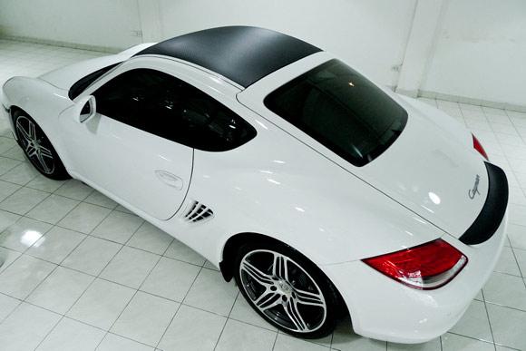 Porsche Cayman with 3M DI-NOC carbon fiber film
